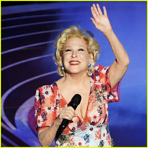 Bette Midler Performs 'The Place Where Lost Things Go' from 'Mary Poppins Returns' at Oscars 2019