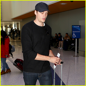 Castle Rock's Bill Skarsgard Catches a Flight Out of LAX