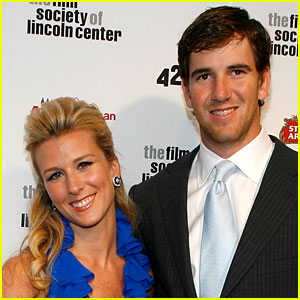 Quarterback Eli Manning & Wife Abby Welcome Fourth Child