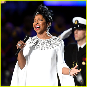 Gladys Knight's National Anthem at Super Bowl 2019 - WATCH NOW!