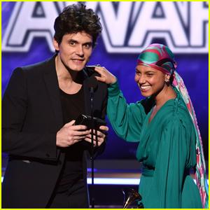 John Mayer Broke His 2004 Grammy Award to Share It with Alicia Keys!