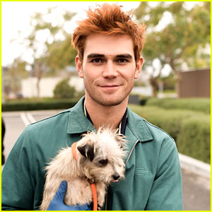 KJ Apa Poses with Cute Dogs While Volunteering with ASPCA