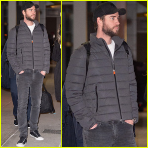 Liam Hemsworth Arrives in NYC For 'Isn't It Romantic' Press