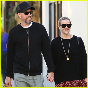 Reese Witherspoon & Husband Jim Toth Grab Lunch in Brentwood