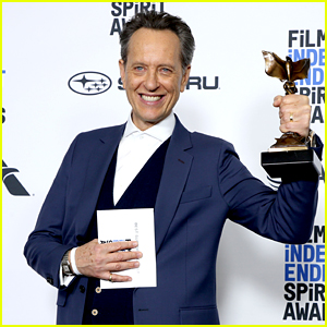 Richard E. Grant Wins Best Supporting Male at Spirit Awards 2019!