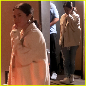 Selena Gomez Spends the Night at Music Studio!