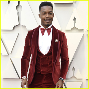 Stephan James Looks So Handsome on the Red Carpet at Oscars 2019