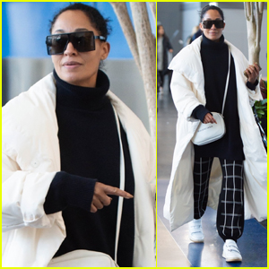 Tracee Ellis Ross Jets Out of NYC in Style!