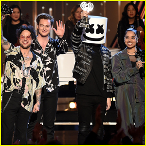 Marshmello, Lauv, Lovelytheband & Ella Mai Perform Best New Artist Medley at iHeartRadio Music Awards 2019!
