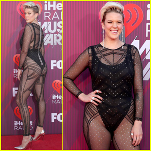 Betty Who Goes Sheer at iHeartRadio Music Awards 2019!