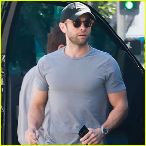 Chace Crawford Flaunts His Biceps While Out to Lunch