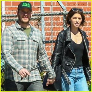 Chris Pratt & Katherine Schwarzenegger Couple Up to Run Errands in LA