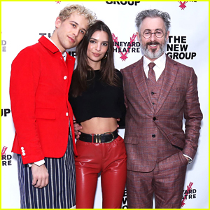 Emily Ratajkowski Supports Alan Cumming & 'Daddy' Cast at Off-Broadway Opening!
