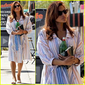 Eva Mendes Makes a Bookstore Stop While Out in Los Angeles