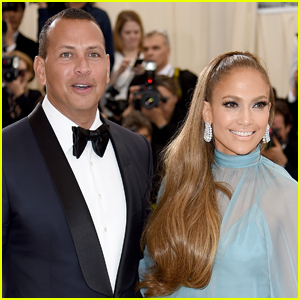 Jennifer Lopez & Alex Rodriguez are Engaged - See Her Ring!