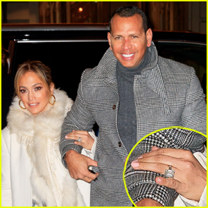 Jennifer Lopez Shows Off Massive Engagement Ring at Dinner with Alex Rodriguez!