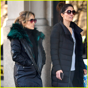 Jennifer Lopez Steps Out For Early Morning Workout with Sister Lynda!