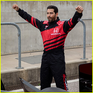 Jesse Metcalfe Rides In a Racecar at IndyCar Race!