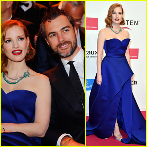 Jessica Chastain is Supported by Husband Gian Luca Passi de Preposulo at Goldene Kamera Awards