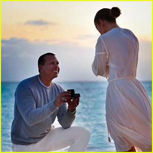 Jennifer Lopez Shares Photos of Alex Rodriguez's Proposal - See the Pics!