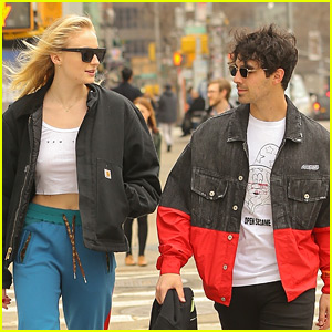 Joe Jonas & Sophie Turner Go For Casual Friday Stroll in NYC