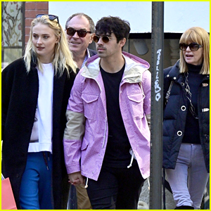 Joe Jonas & Sophie Turner Join Her Parents for Lunch in NYC