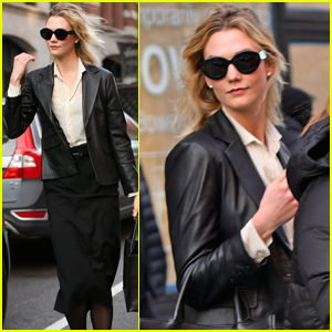 Karlie Kloss Kicks Off Her Day with Morning Meeting