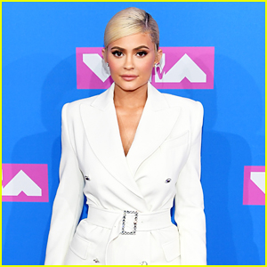 Kylie Jenner Is Officially the World's Youngest Billionaire!