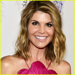 Lori Loughlin's Bail Set at $1 Million During Court Appearance