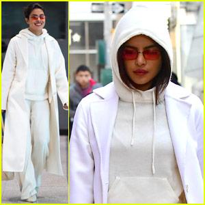 Priyanka Chopra Is So Fashionable for Her Flight!