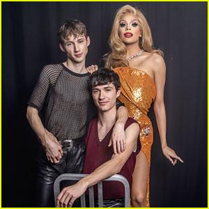 Troye Sivan, BF Jacob Bixenman & Valentina Take 'Family Portrait' In London!
