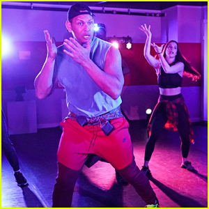 Alex Rodriguez & Jimmy Fallon Crash A Hip-Hop Dance Class In New York - Watch Here!