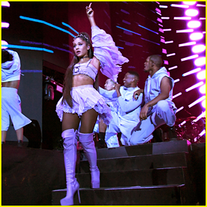 Ariana Grande Closes Out The Final Night of Coachella's First Weekend!