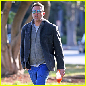 Ben Affleck Grabs His Morning Coffee From Dunkin' Donuts