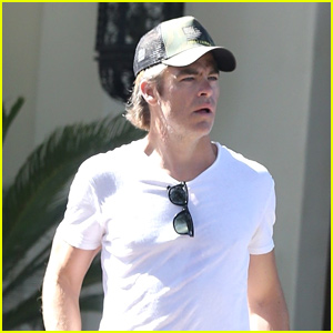 Chris Pine Practices His Tennis Skills in Hollywood