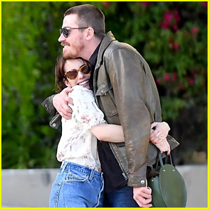 Emma Roberts & Garrett Hedlund Embrace, Confirm Their New Romance in These Photos!