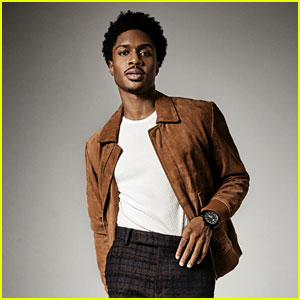 Get to Know 'Ain't Too Proud' Star Ephraim Sykes with These 10 Fun Facts! (Exclusive)