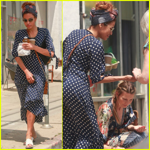 Eva Mendes Gets Help From Strangers After Dropping Her Drink