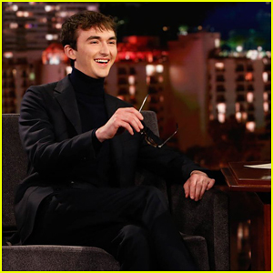 Isaac Hempstead Wright On 'Game of Thrones' Theory About Bran Stark & Night King