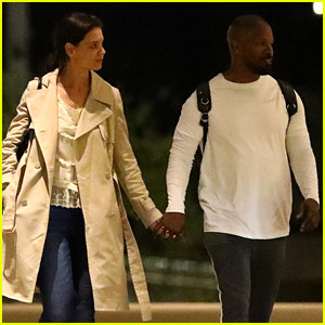 Katie Holmes & Jamie Foxx Are Still Going Strong, Hold Hands While Hanging Out with His Daughter