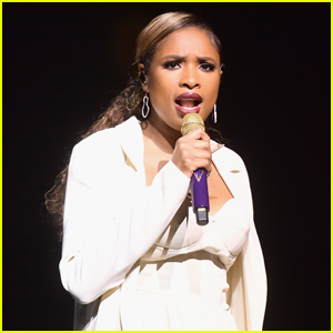 Jennifer Hudson Performs 'Memory' From 'Cats' at CinemaCon 2019 - Watch Here!