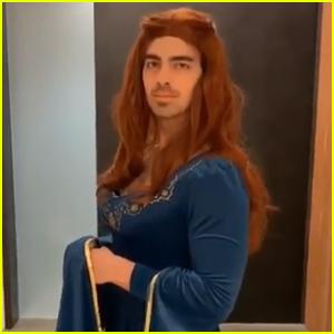 Joe Jonas Dresses as Sansa Stark Again Ahead of 'Game of Thrones' Premiere - Watch Here!