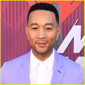 John Legend Takes a Swim Lesson with a Very Famous Athlete!