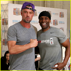 Josh Duhamel Flexes His Muscles at a Fitness Event!