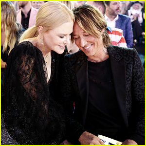 Nicole Kidman & Keith Urban Shared an Epic Kiss at the ACM Awards 2019 - See It Here!