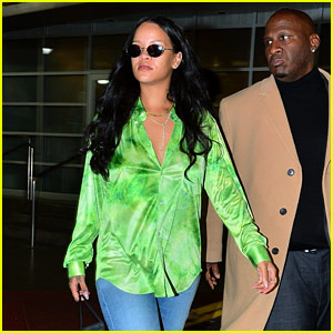 Rihanna Wears Her Sunglasses at Night in NYC