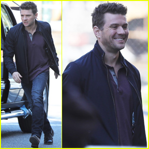 Ryan Phillippe Kicks Off Filming on 'Alive' Pilot in Vancouver