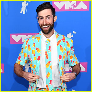 HQ Trivia Host Scott Rogowsky Is Leaving the Company - Find Out Why!