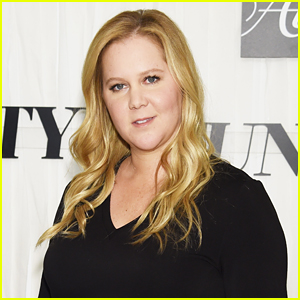 Amy Schumer Lets Fans Know She's Still Pregnant with New Baby Bump Photo