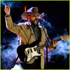 Andrew Sevener: 'The Voice' 2019 Finale Performance Videos - Watch Now!